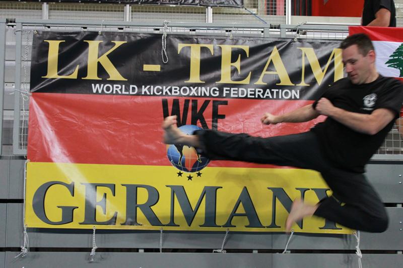 Kick von Yves